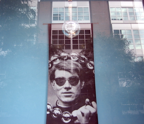 You don't need a band to be a rock star. Warhol Museum, Pittsburgh (Foto de Luis Jimenez-Ridruejo)