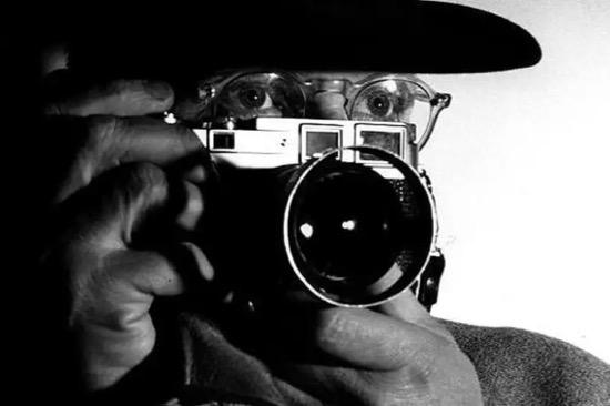 Henri Cartier-Bresson. (1908-2004)